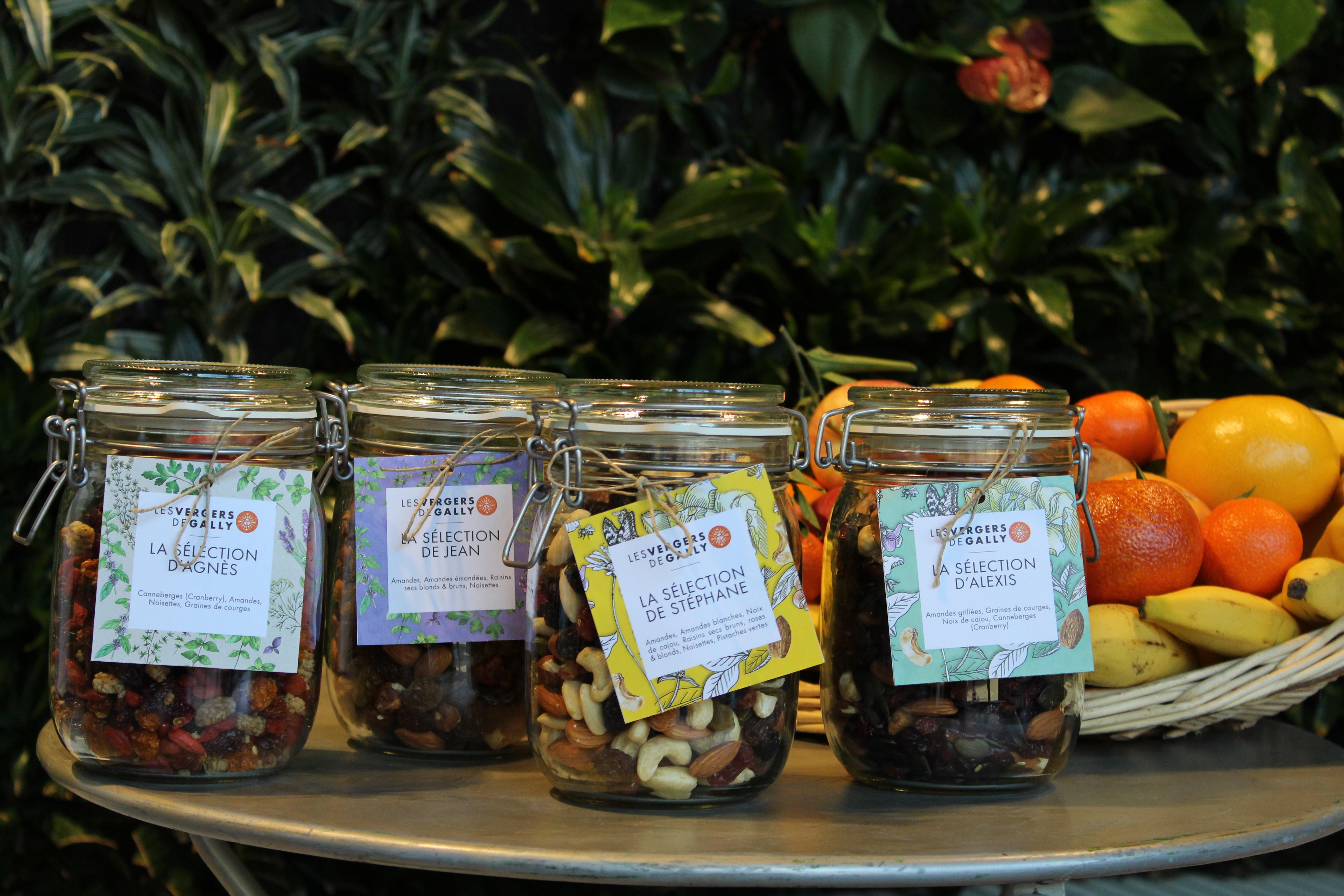 bocaux de fruits secs livrés au bureau